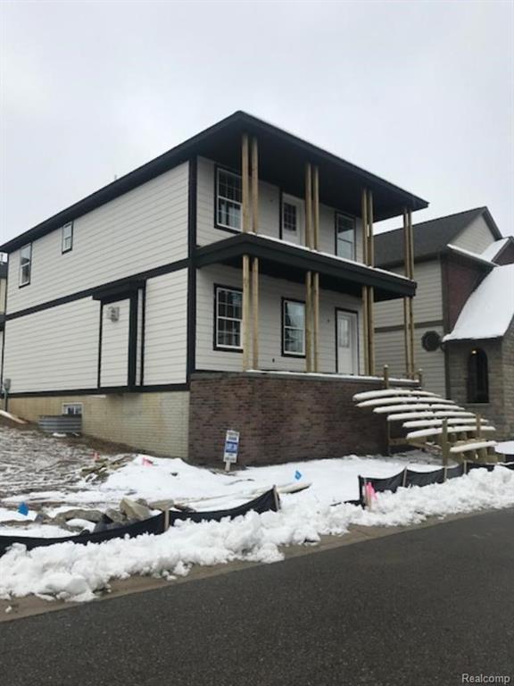 3878 Andover Avenue, Auburn Hills, MI 48326 (#217094809) :: The Buckley Jolley Real Estate Team