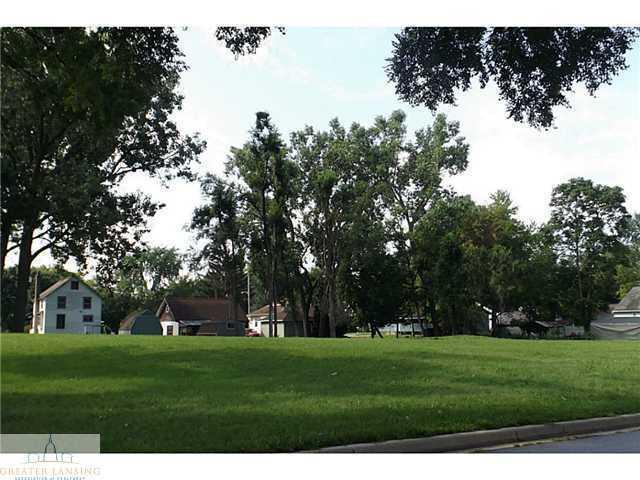 1 Paulson, Lansing, MI 48906 (MLS #630000062457) :: The Toth Team