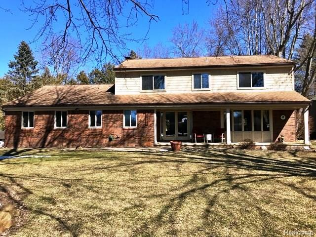 23876 Heartwood, Novi, MI 48374 (#218016956) :: Duneske Real Estate Advisors