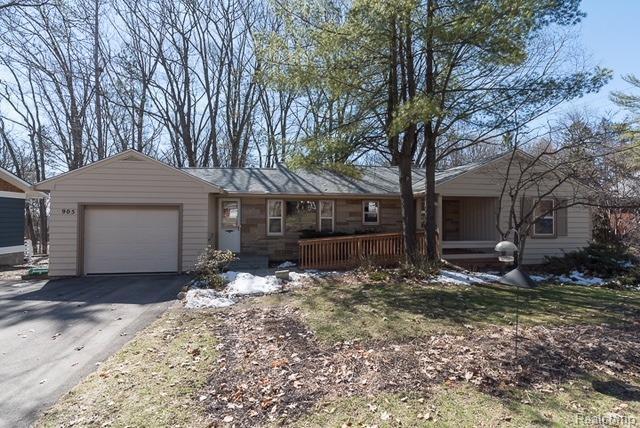 905 Robin Road, Ann Arbor, MI 48103 (#543254790) :: The Buckley Jolley Real Estate Team