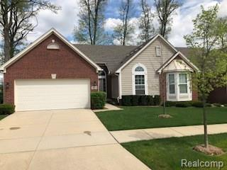 30232 Viewcrest Drive, Novi, MI 48377 (#218024117) :: Duneske Real Estate Advisors