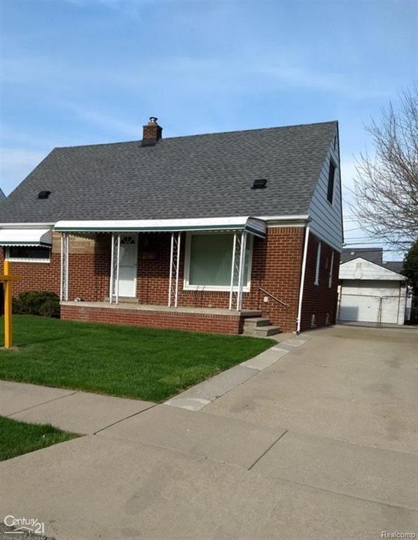 26100 Barbara, Roseville, MI 48066 (#58031346518) :: Duneske Real Estate Advisors