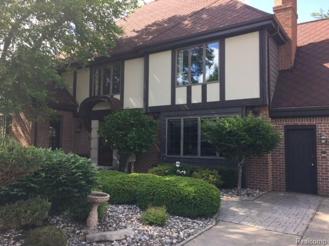 319 E Rolston Road, Linden, MI 48451 (#218049344) :: Duneske Real Estate Advisors