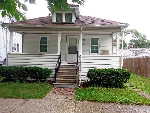 409 S Charles, Saginaw, MI 48602 (#61031350181) :: Duneske Real Estate Advisors