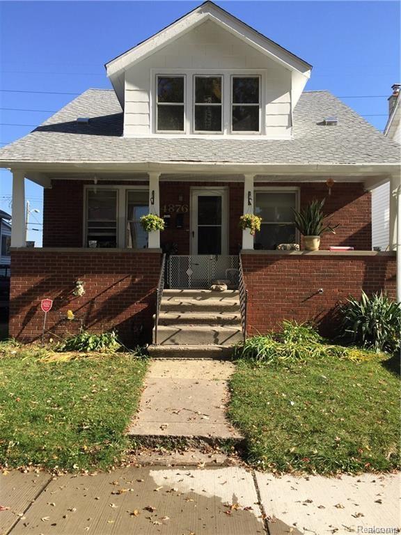 4876 Curtis Street, Dearborn, MI 48126 (MLS #218080084) :: The Toth Team