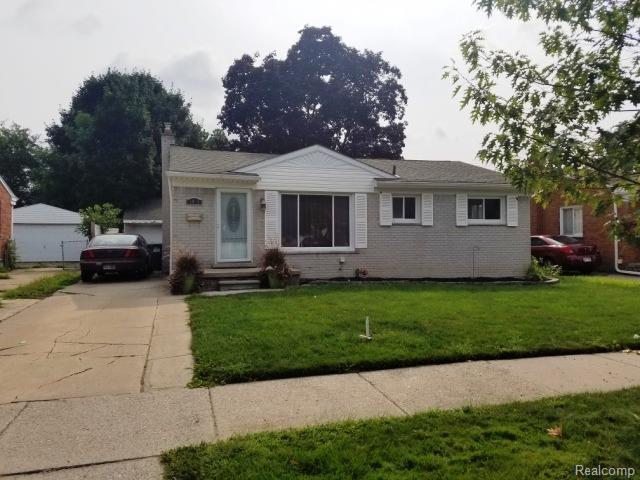 8015 Sloan Street, Taylor, MI 48180 (#543259611) :: Duneske Real Estate Advisors
