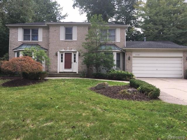 37581 Emerald Forest Drive, Farmington Hills, MI 48331 (#218091859) :: RE/MAX Classic