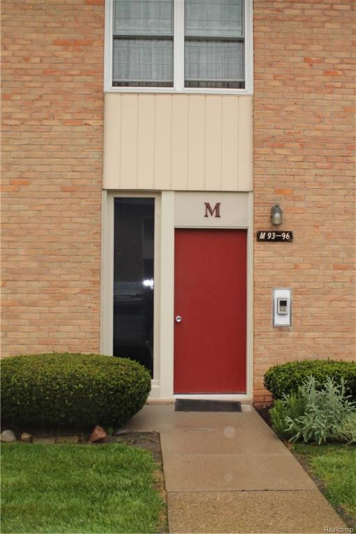 1199 Sheldon Road #95, Plymouth, MI 48170 (#218093743) :: Duneske Real Estate Advisors