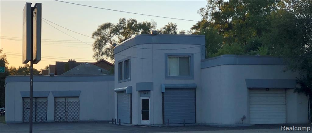 18109 Livernois Avenue - Photo 1