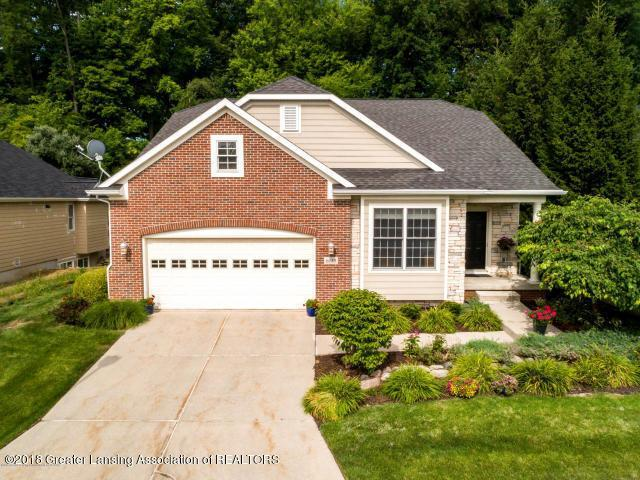 6153 Graebear Trail, Meridian Charter Twp, MI 48823 (#630000231957) :: Keller Williams West Bloomfield