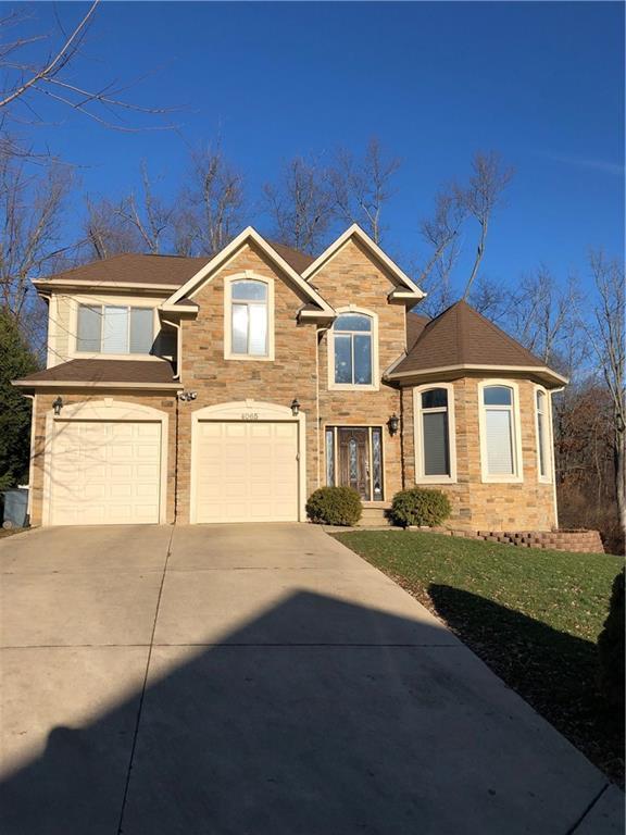 4065 Fieldview Avenue, West Bloomfield Twp, MI 48324 (#218118938) :: The Buckley Jolley Real Estate Team