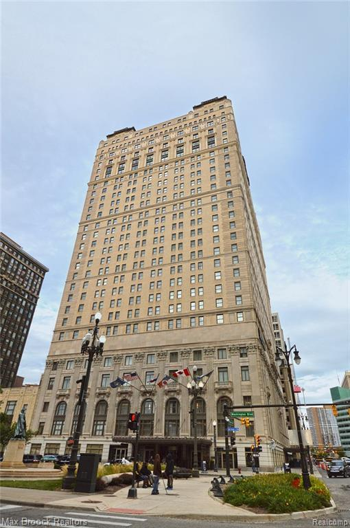 1135 Shelby Street #2806, Detroit, MI 48226 (MLS #219002615) :: The Toth Team