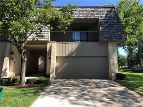 1182 Oakwood Court, Rochester Hills, MI 48307 (#219003758) :: Duneske Real Estate Advisors