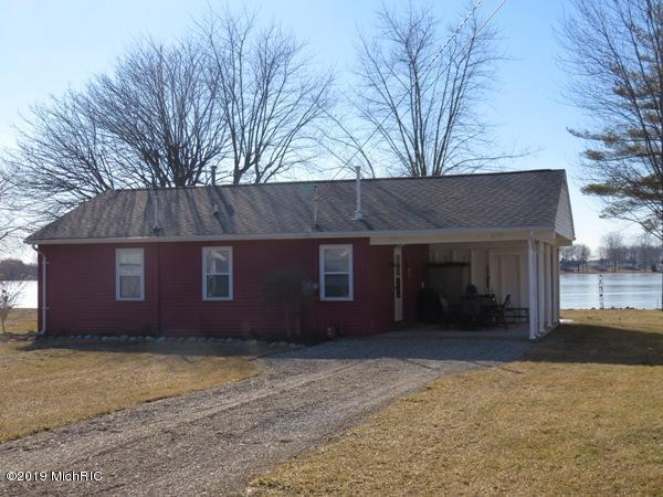 277 Paradise Island Dr, Coldwater Twp, MI 49036 (MLS #62019005864) :: The Toth Team