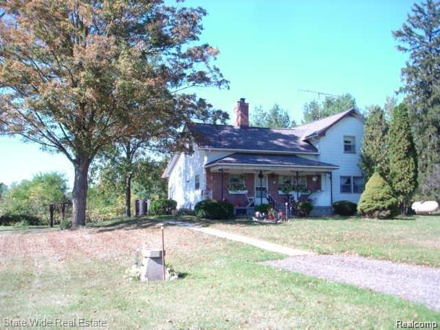 5641 W Allen Road, Howell Twp, MI 48836 (#219014612) :: The Buckley Jolley Real Estate Team