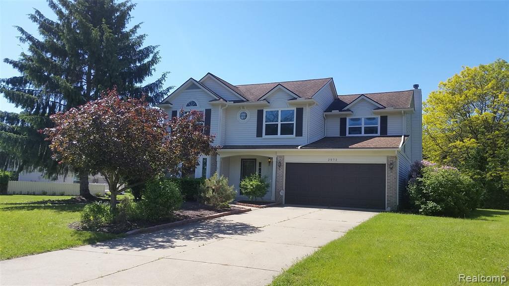 2572 Bloomfield Oaks Drive - Photo 1