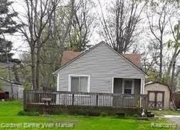 124 Waterly, Waterford Twp, MI 48328 (#219045162) :: RE/MAX Classic