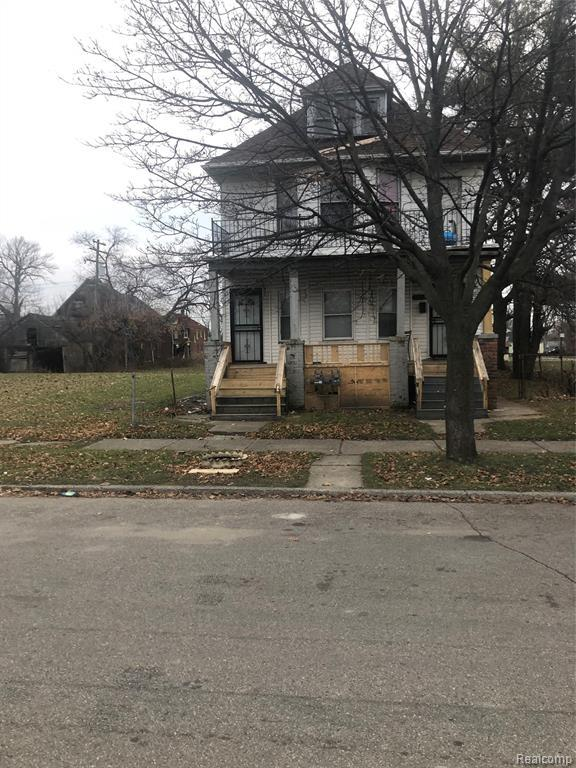 2912 Belvidere Street, Detroit, MI 48214 (MLS #219046598) :: The Toth Team