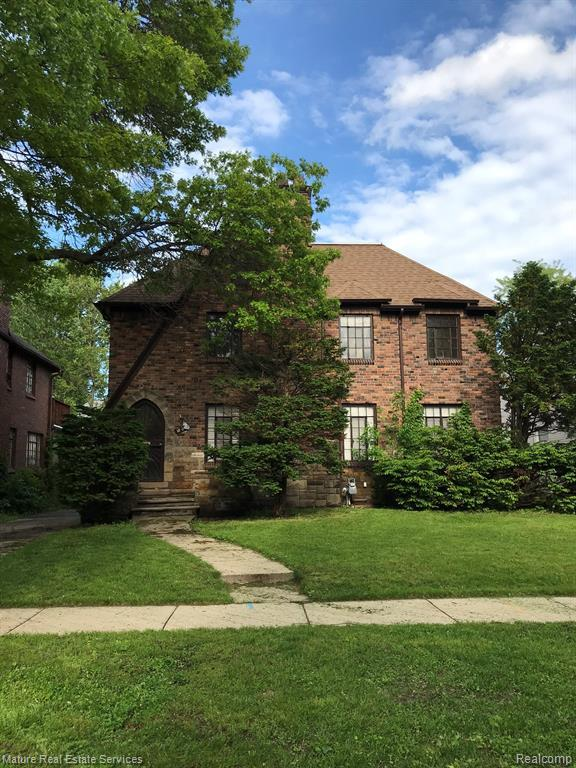 18070 Fairfield St Street, Detroit, MI 48221 (#219052620) :: The Buckley Jolley Real Estate Team