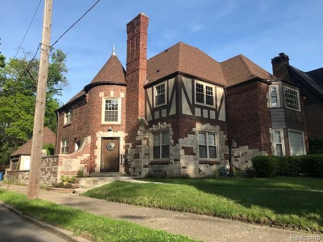 17412 Wildemere Street, Detroit, MI 48221 (#219063231) :: The Buckley Jolley Real Estate Team