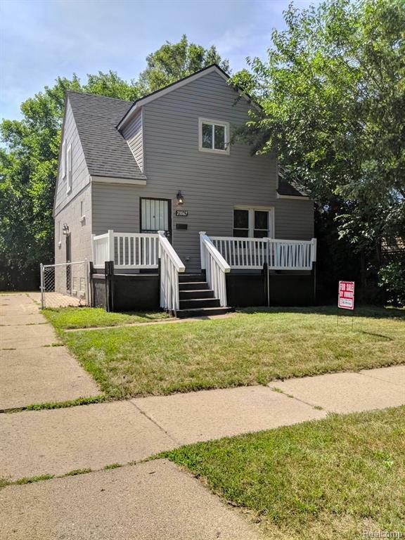 21067 Westview Avenue, Royal Oak Twp, MI 48220 (#219070077) :: The Alex Nugent Team | Real Estate One