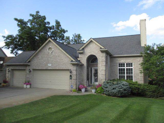 16183 Pine Lake Forest, Fenton Twp, MI 48451 (#5031391149) :: RE/MAX Classic