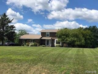 4800 Sierra Drive, Marion Twp, MI 48843 (#219085652) :: The Buckley Jolley Real Estate Team