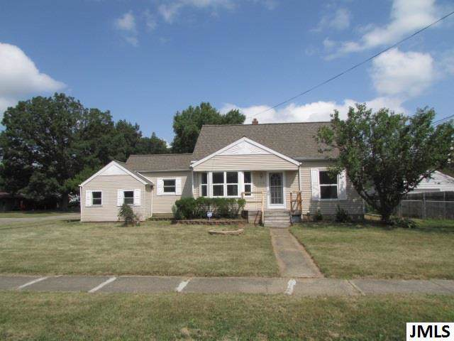 2318 Dover Ave, BLACKMAN CHARTER, MI 49202 (MLS #55201903089) :: The Toth Team