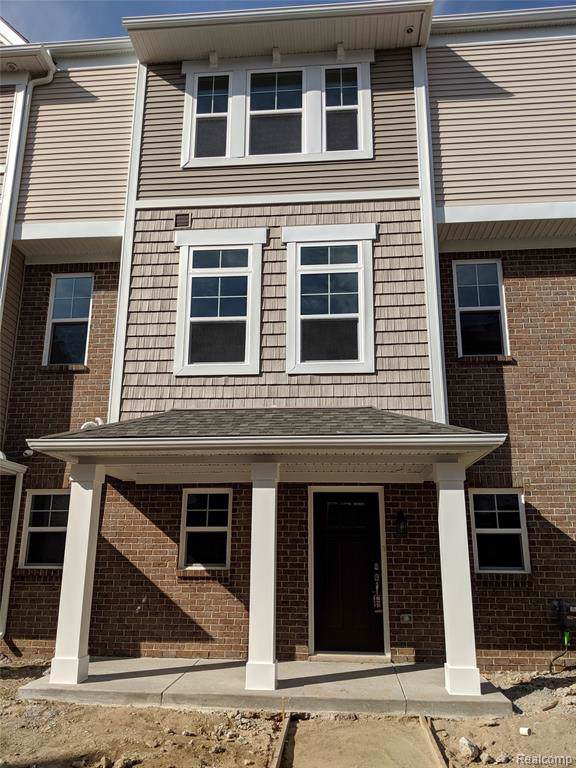 3293 Chambers West #72, Wixom, MI 48393 (#219087050) :: The Mulvihill Group