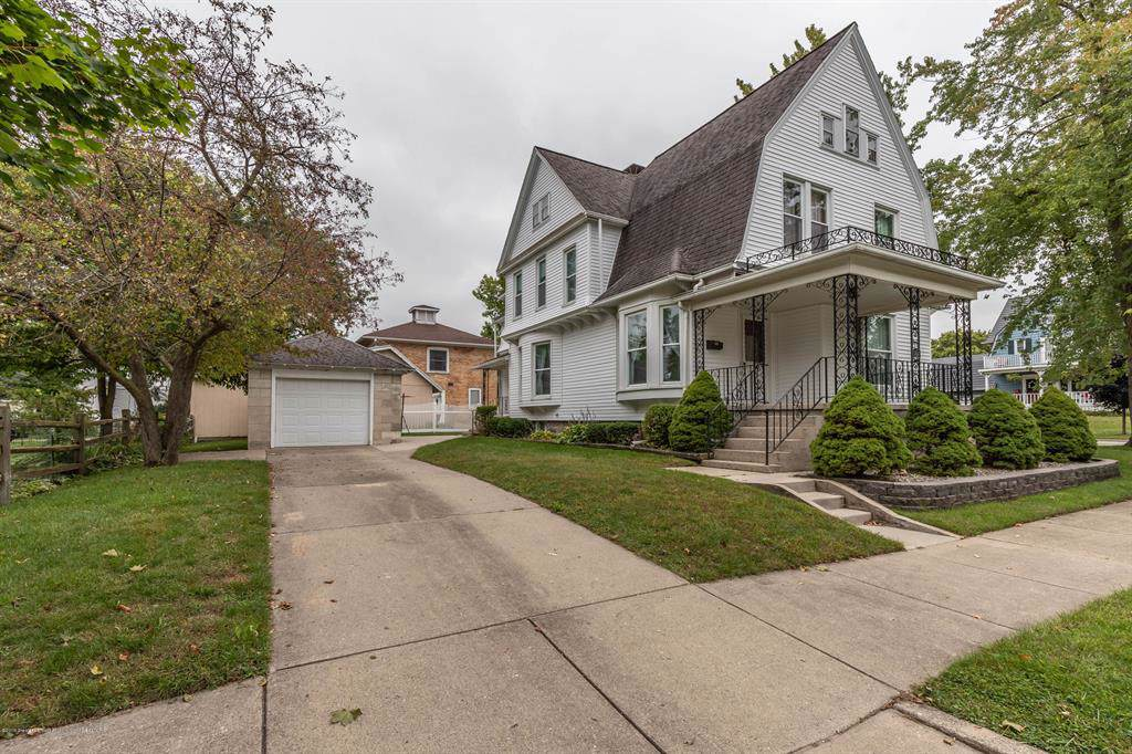 255 Lincoln Street - Photo 1