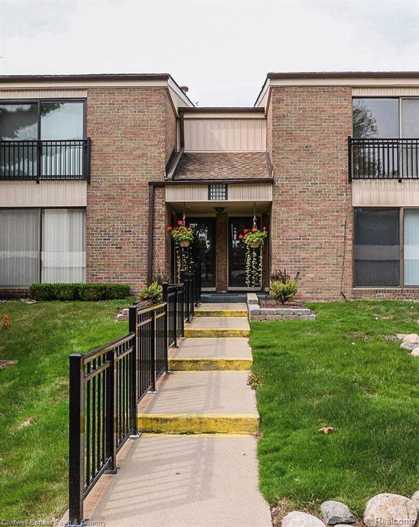 18322 University Park Drive, Livonia, MI 48152 (#219092888) :: GK Real Estate Team