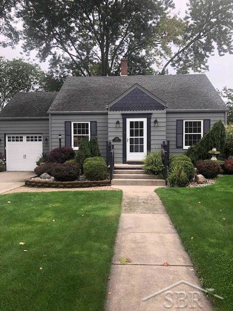 440 Ardussi, Frankenmuth, MI 48734 (#61031394380) :: Alan Brown Group