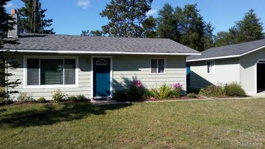 1849 Pinewood Drive, Mills Twp, MI 48610 (#219095023) :: The Buckley Jolley Real Estate Team