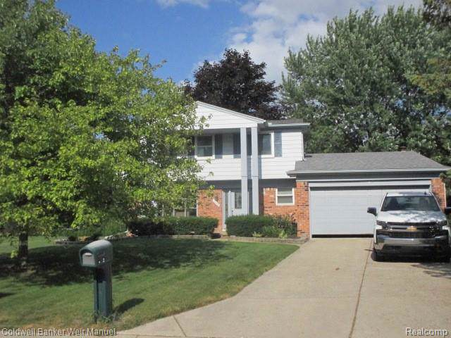 2756 Stonebury Drive, Rochester Hills, MI 48307 (#219104880) :: Alan Brown Group