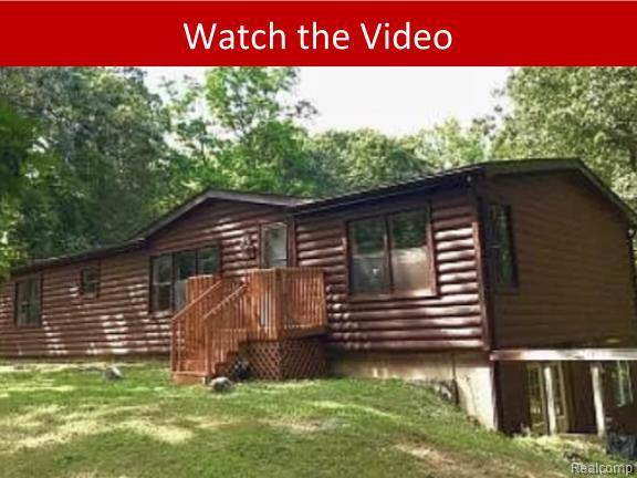 5012 Patterson Lake Road, Putnam Twp, MI 48169 (#219118076) :: The Buckley Jolley Real Estate Team