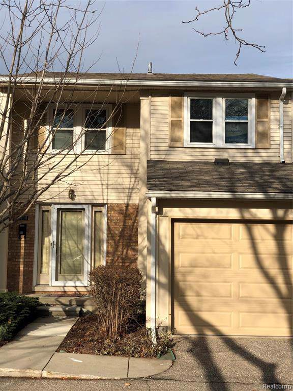 1616 Brentwood Drive, Troy, MI 48098 (#219120633) :: The Mulvihill Group