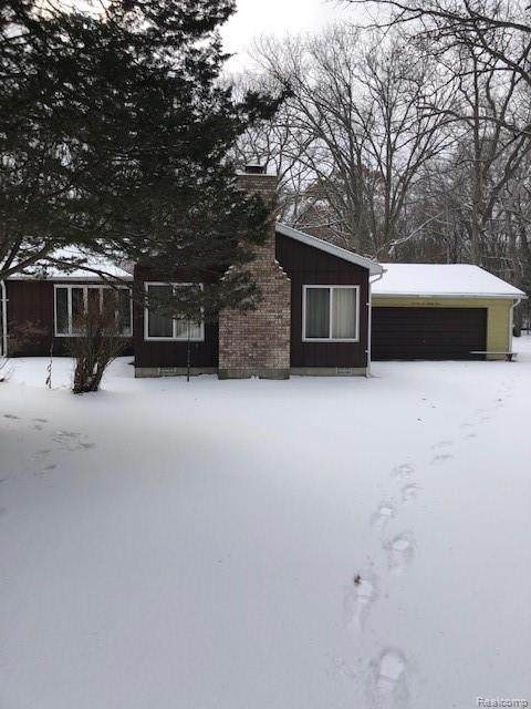 7693 Crescent Beach Road, Caseville Twp, MI 48755 (#219123936) :: The Buckley Jolley Real Estate Team