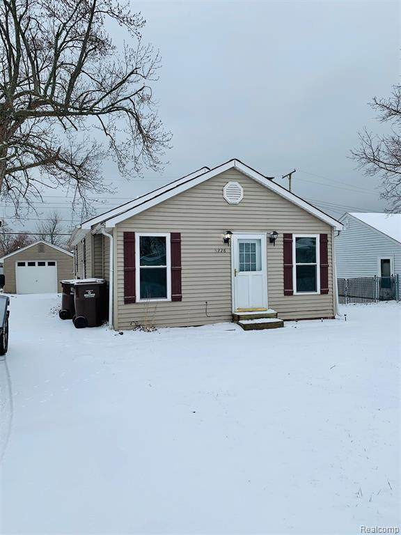 3228 Orchardale Street, Frenchtown Twp, MI 48162 (#2200008536) :: Alan Brown Group