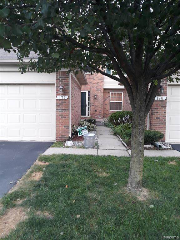 174 Legacy Park Circle, Dearborn Heights, MI 48127 (#2200057363) :: Alan Brown Group