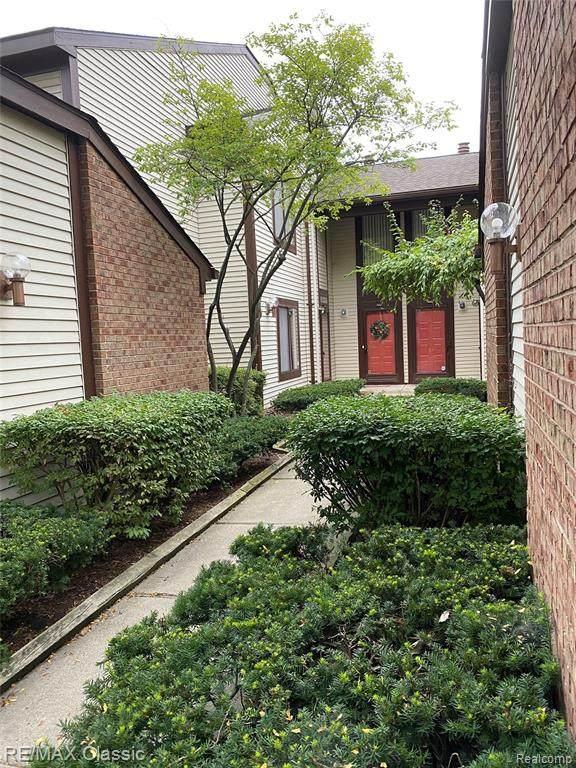 24327 Evergreen Road, Southfield, MI 48075 (#2200073191) :: Novak & Associates