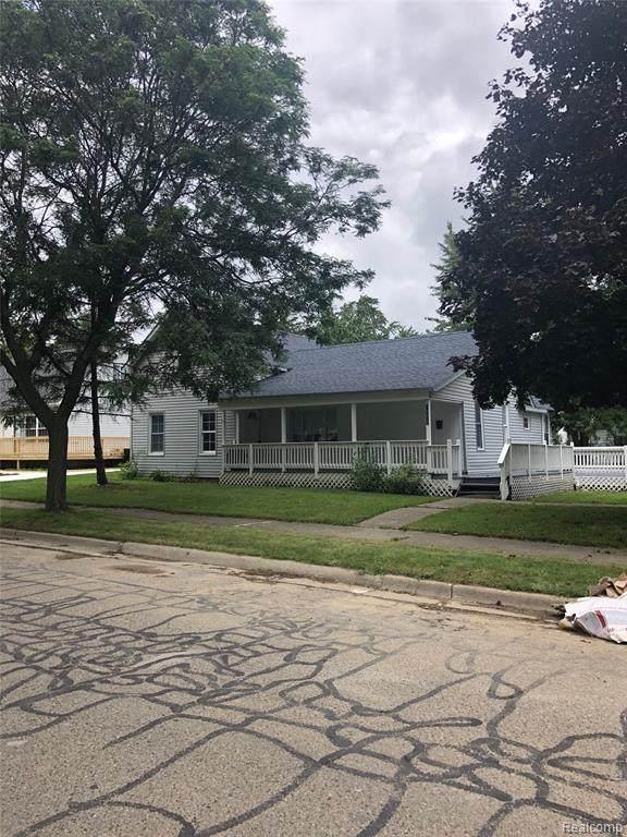 266 South Elm, Lapeer, MI 48446 (#2200075545) :: GK Real Estate Team