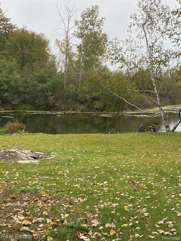 VACANT LOT Lochaven Road, Waterford Twp, MI 48327 (#2200083510) :: GK Real Estate Team