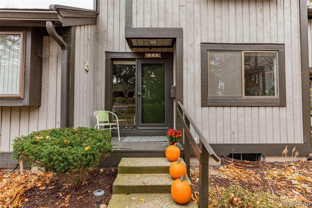519 Carberry Hl - Photo 1
