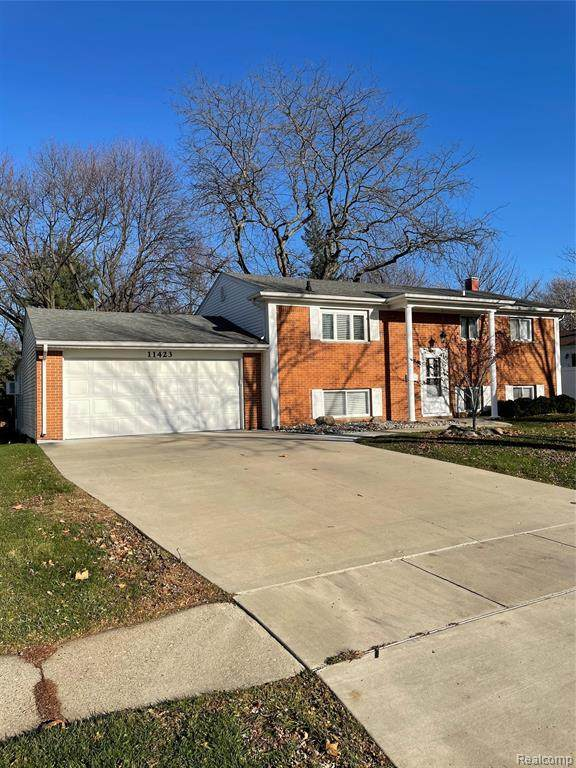 11423 Hazel Avenue, Grand Blanc, MI 48439 (#2200094754) :: GK Real Estate Team