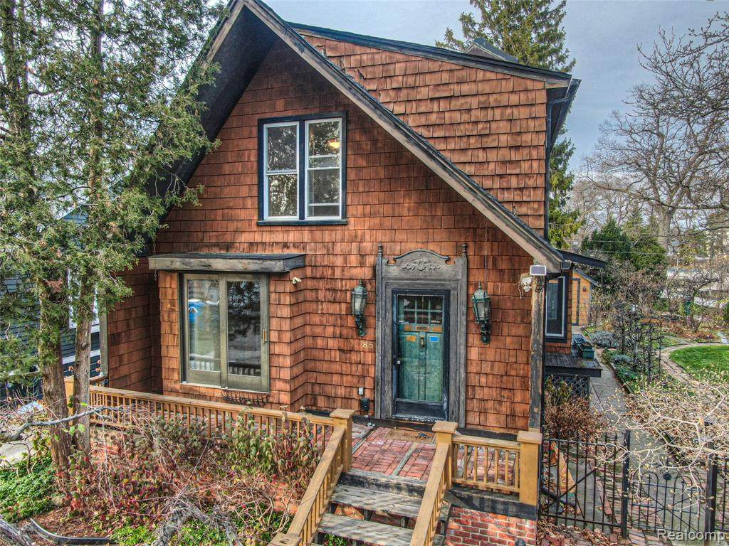 85 Amherst Road - Photo 1
