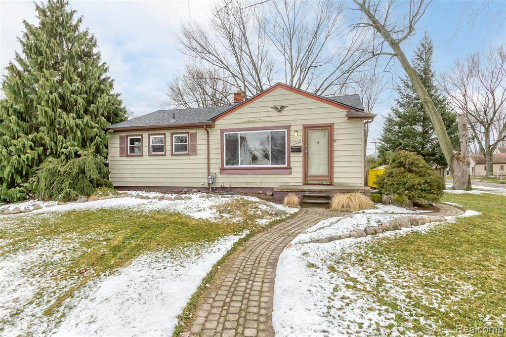 31569 Donnelly Street - Photo 1