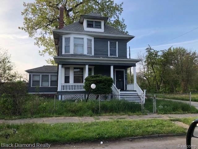 55 Leicester Court, Detroit, MI 48202 (#2210002570) :: The Alex Nugent Team | Real Estate One