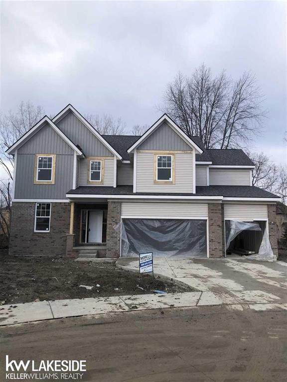 47491 Bayside Circle West #7, Chesterfield Twp, MI 48047 (MLS #58050032184) :: The Toth Team