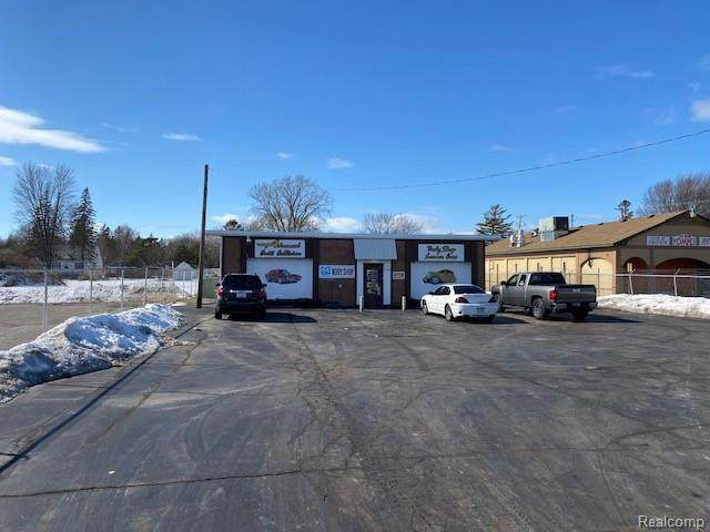 5120 Dixie Hwy Highway, BRIDGEPORT TWP, MI 48601 (#2210010111) :: The BK Agency