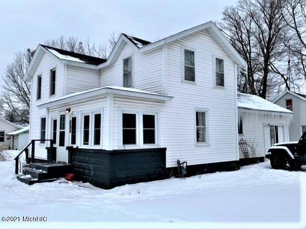 107 Jay Street, Dowagiac, MI 49047 (#69021004669) :: GK Real Estate Team